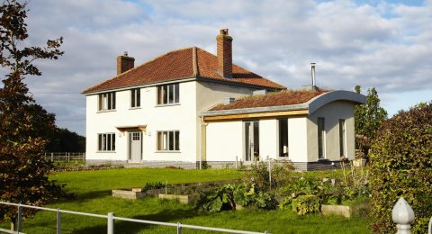 – Farmhouse regeneration in East Yorkshire